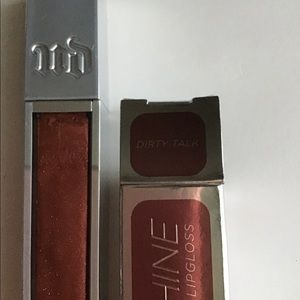 Urban Decay Lip Gloss in Dirty Talk color.
